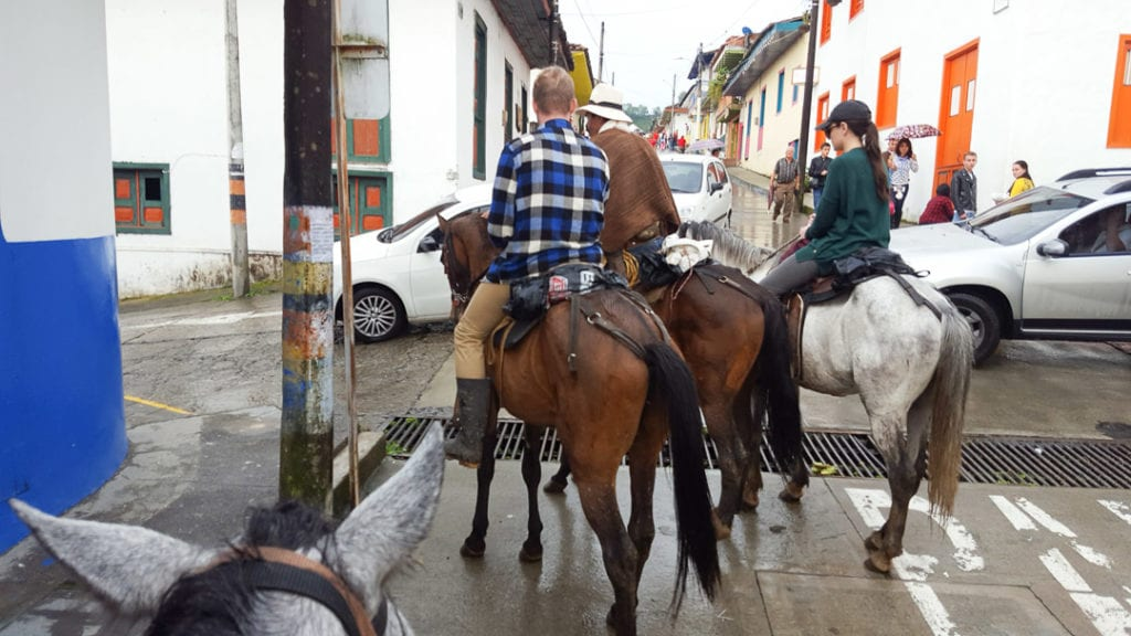 Horse riders blocking the road in Salento, Colombia, Salento Colombia, Armenia Colombia, Cali Colombia, Salento to Cali Bus, Cali to Salento Bus, Salento to Popayan