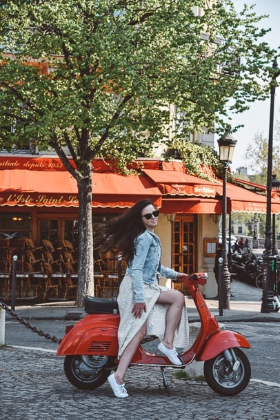 best scooter hire paris, where to hire a scooter in paris, most instagrammable paris