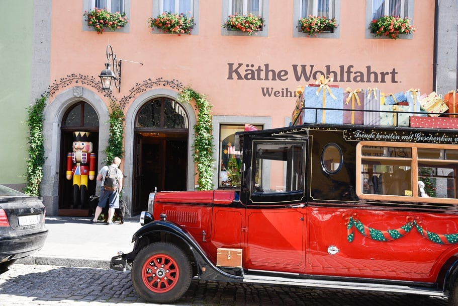 the-Rothenburg-Christmas-store