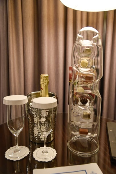hilton-prague-rooms-welcome-gift