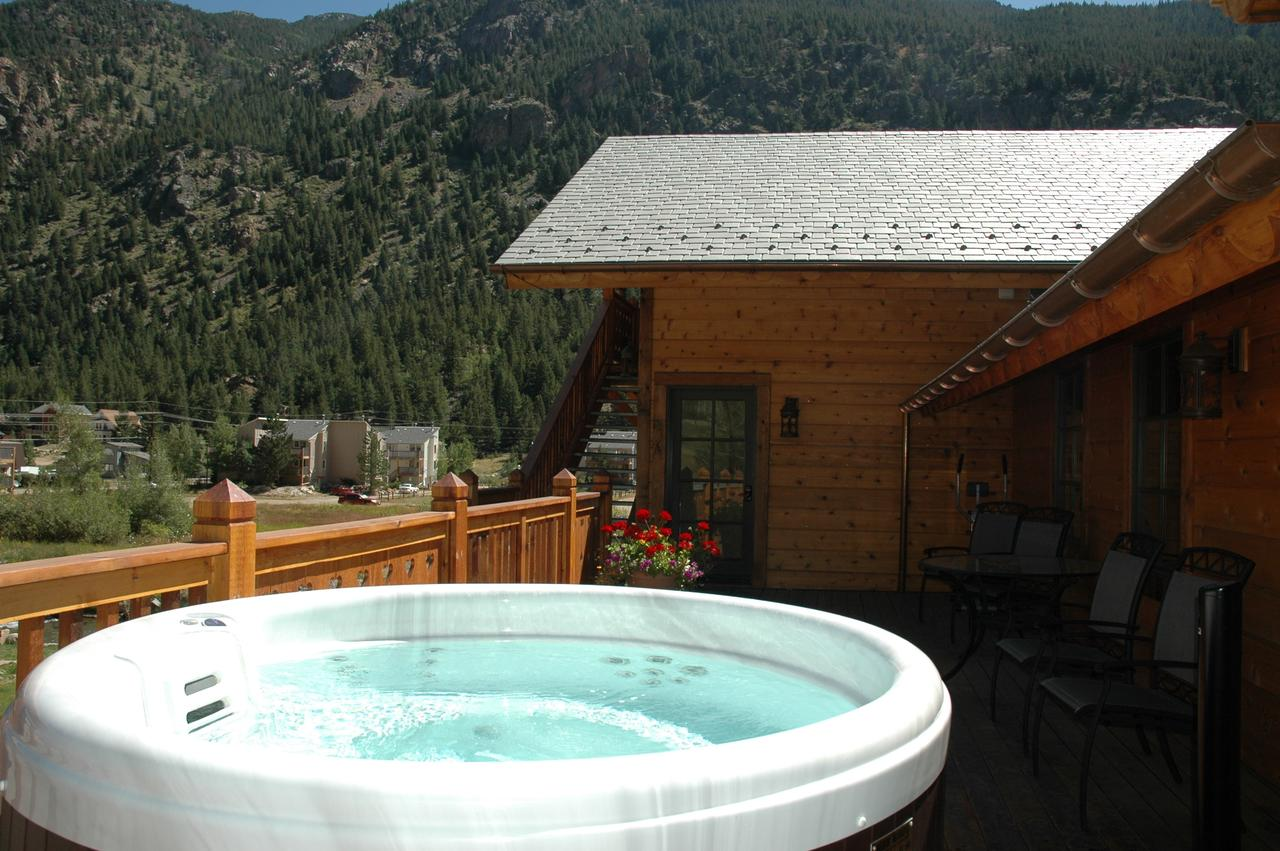 hotels-with-hot-tubs-in-colorado