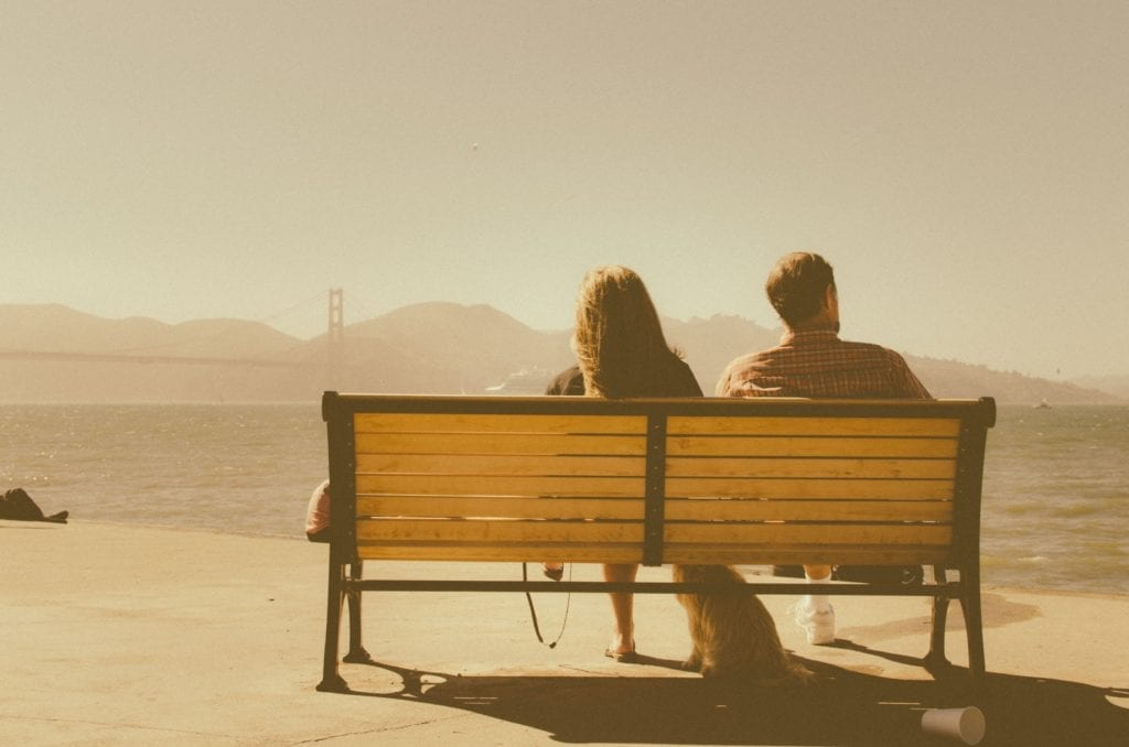 11 Signs He's Not Interested After First Date – He's Not Into You!