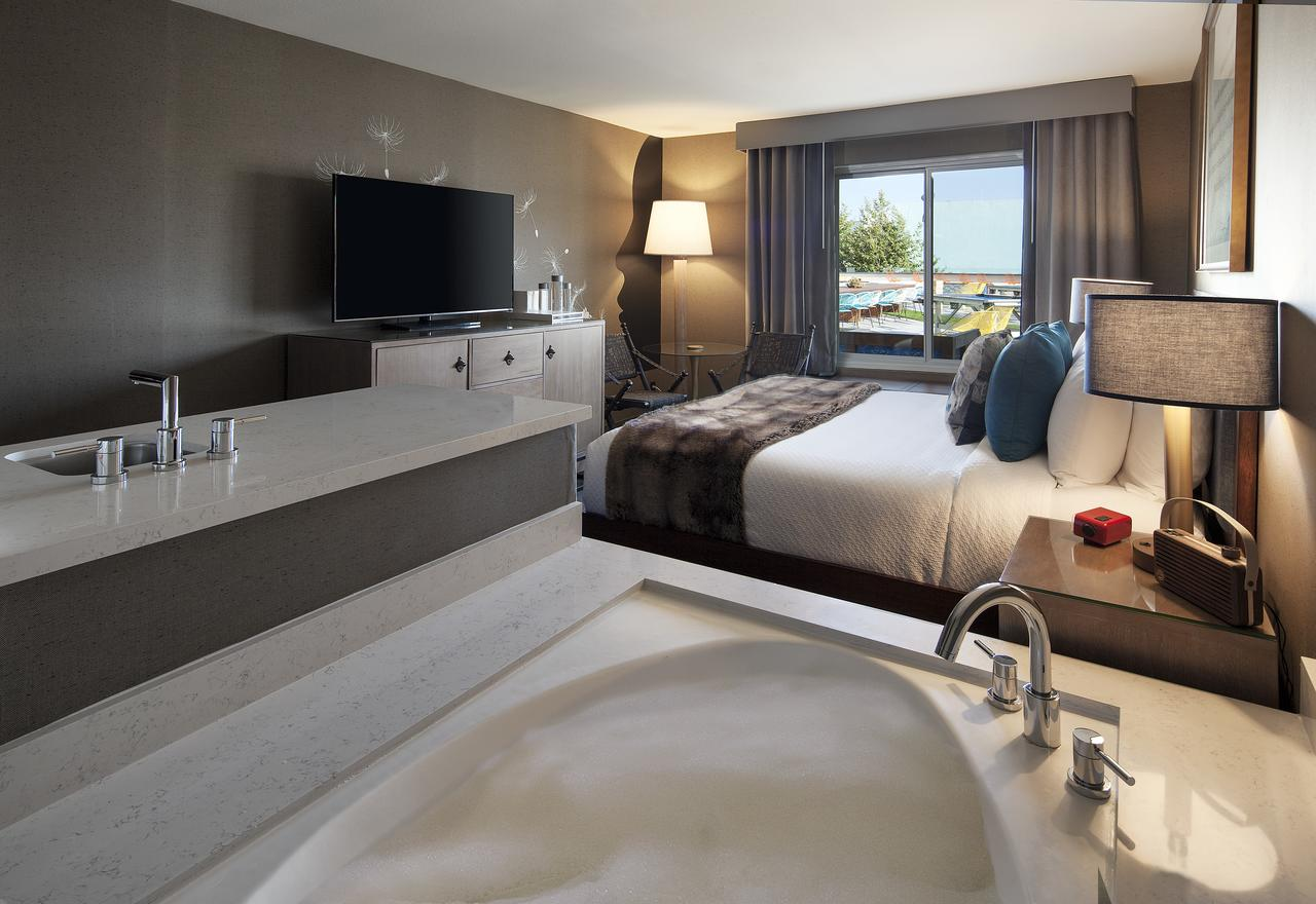 hermosa-la-hotels-with-hot-tub-spas