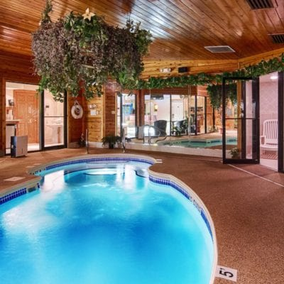 Best Hotels With Private Pools In Room USA: Pool Suites for Couples