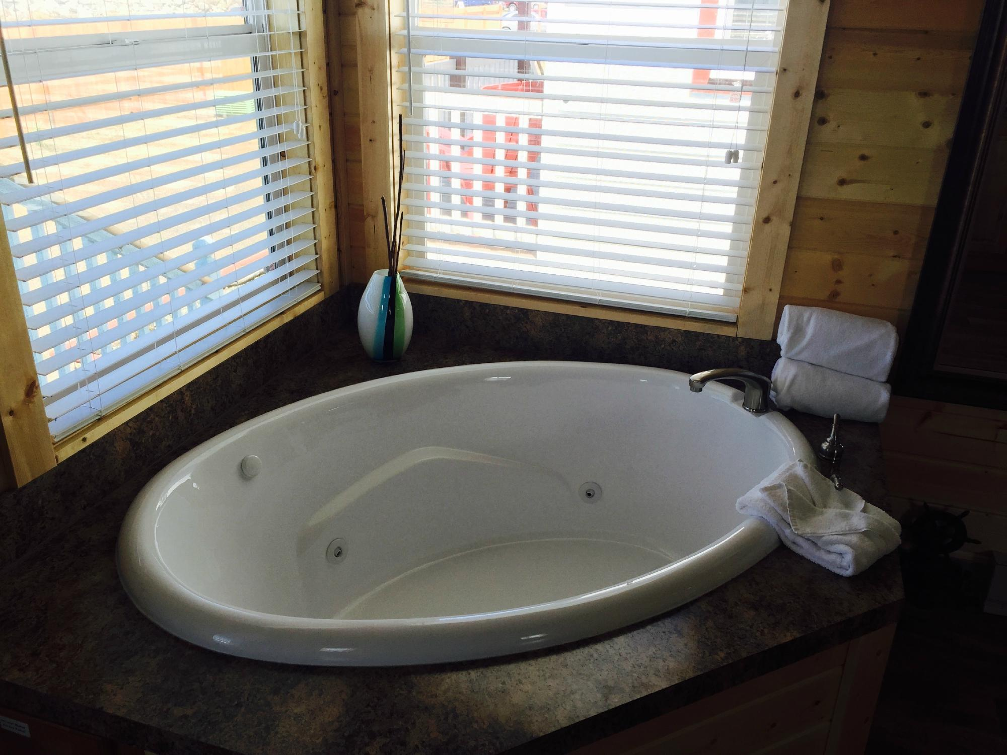 WEST COAST WASHINGTON STATE COTTAGES WITH HOT TUBS