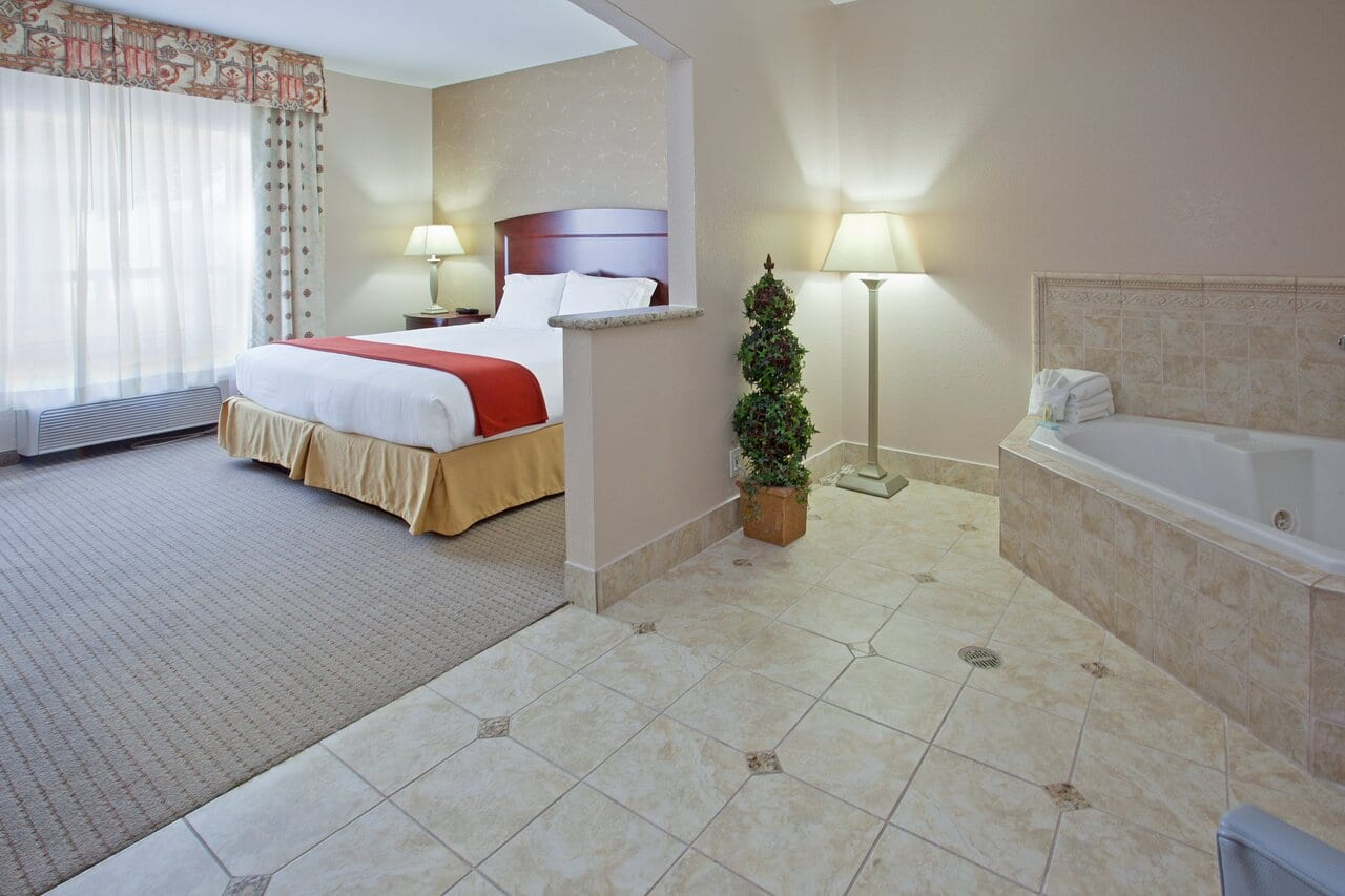 jacuzzi-king-hotels-in-texas
