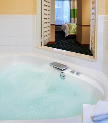 jacuzzi-suites-in-indianapolis