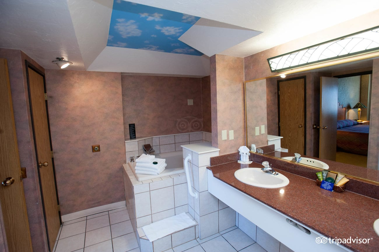 king-jacuzzi-suite-nevada