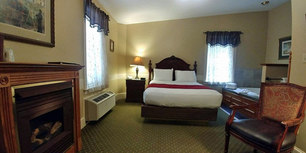 hotels-with-hot-tub-in-poconos